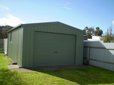 Lockup garage for customers use.